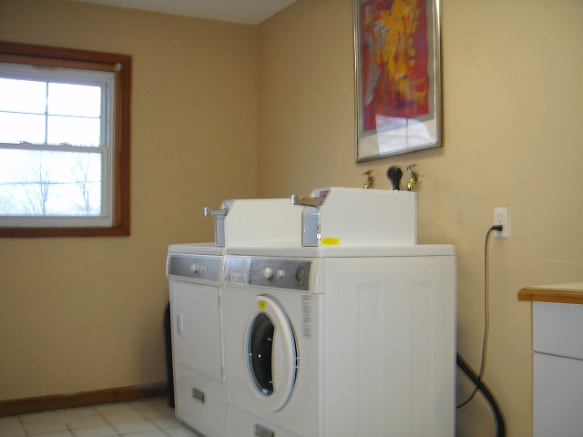 Ferretti group realty trust two bedroom apartment 1st - 2 bedroom apartments in taunton ma ...
